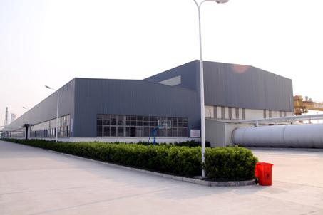 工程概况:该工程位于如皋港经济开发区石化园内,单层建筑,建筑面积